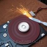 riciclo hard disk affilatrice 150x150 Ricicliamo: Come trasformare un vecchio PC