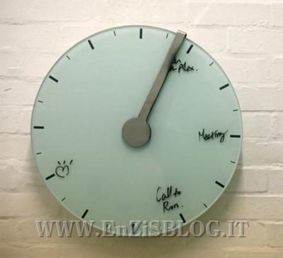 orologio appuntamento 400x364 Trace of time clock: lorologio su cui segnare i vostri appuntamenti