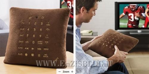 cuscino telecomando 500x249 Pillow Remote Control, il cuscino telecomando